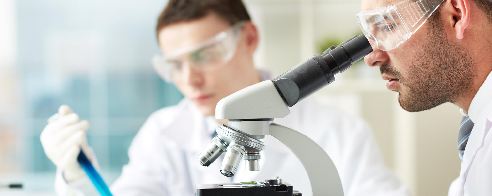 Καταξιωμένοι Ιατροί μέλη <span> αναγνωρισμένων επιστημονικών  </span> εταιριών